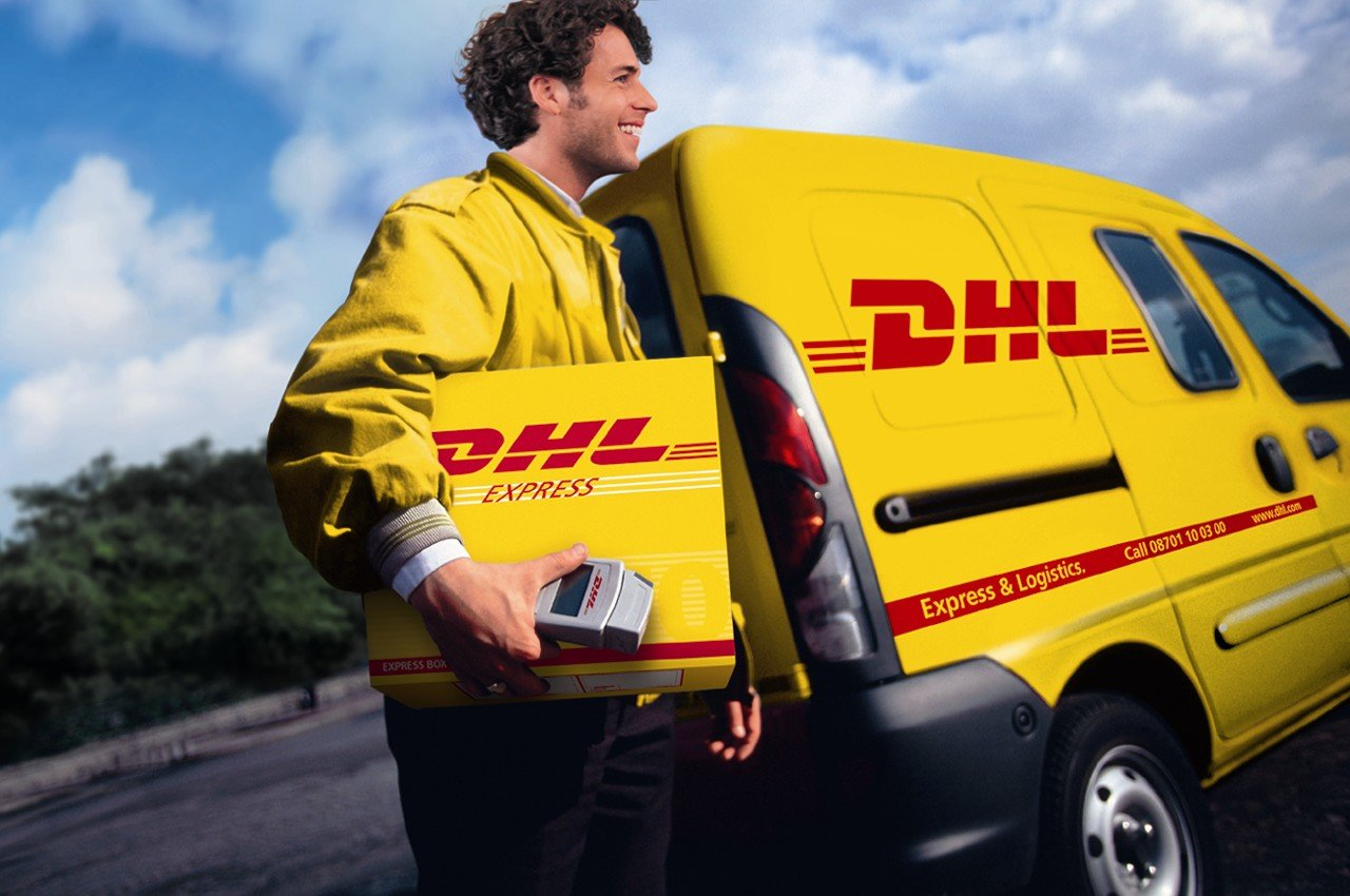 dhl express service As the world's leading global provider of express services, dhl express gets your package where it needs to be when it needs to be there dhl express offers international road-, air- and rail-based courier and express services for business and private customers.